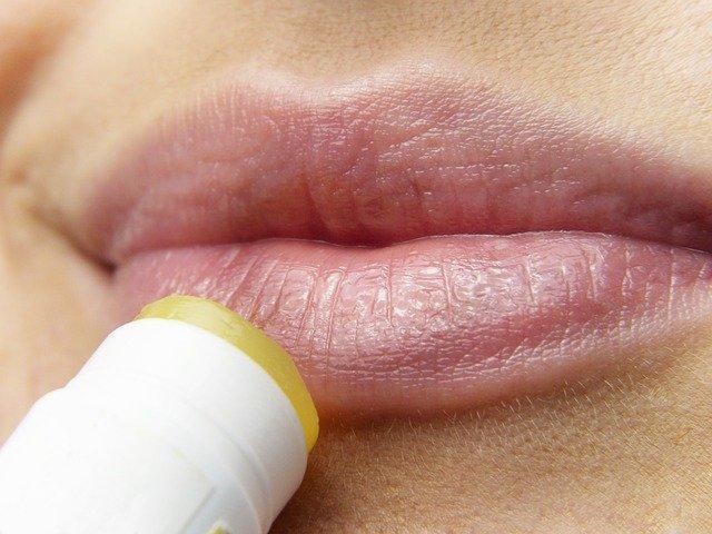 Lip tips