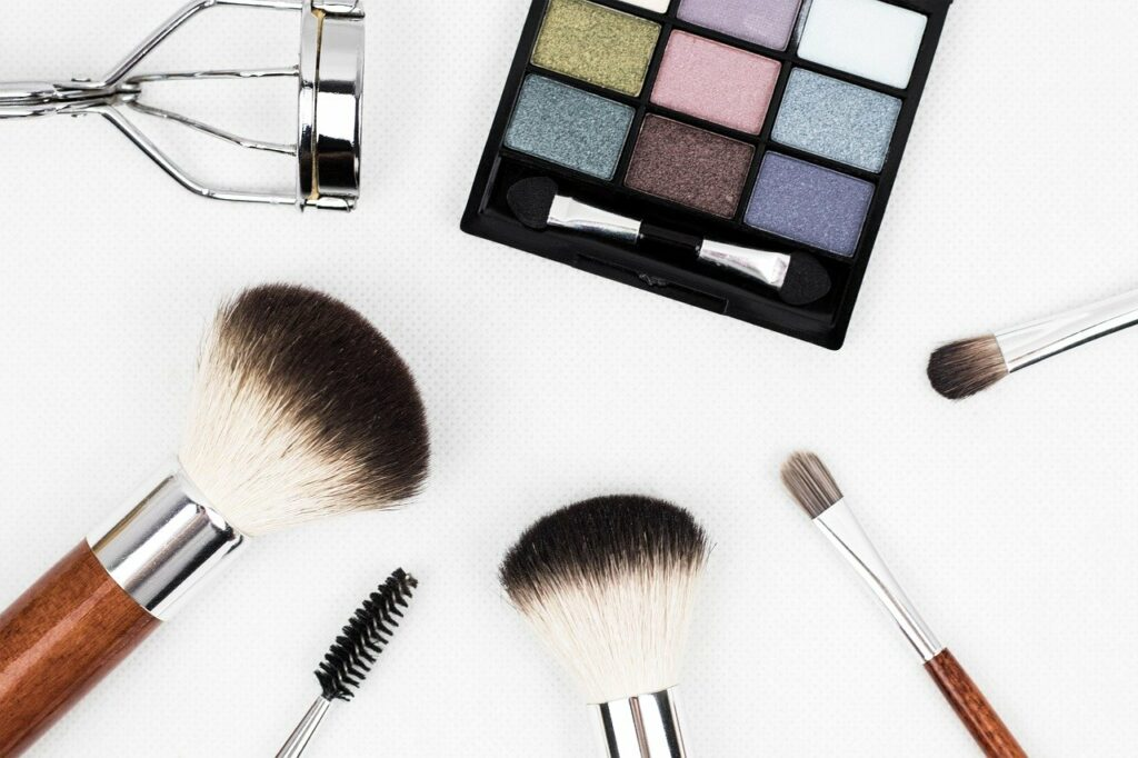 Makeup Tips For Older Women for a More